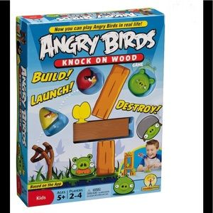 Angry birds knock on the wood game